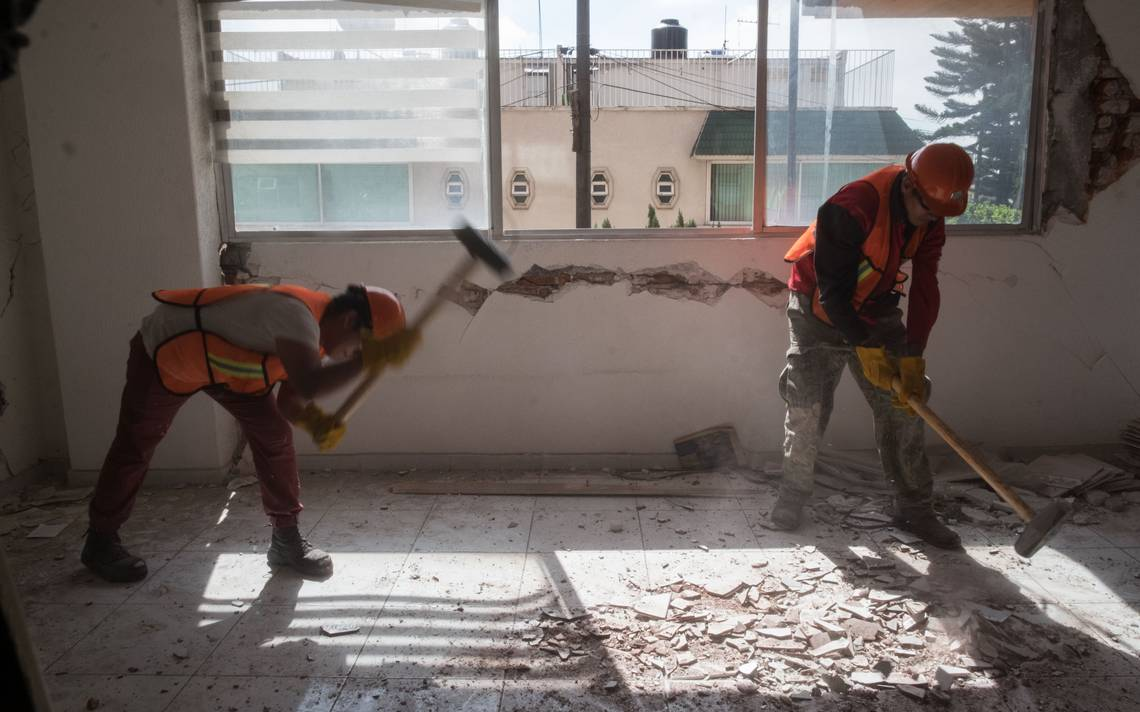 A casi un año del sismo, damnificados reciben enésima promesa del gobierno capitalino