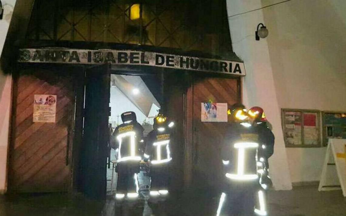 Queman iglesia en Chile en protesta contra visita del papa