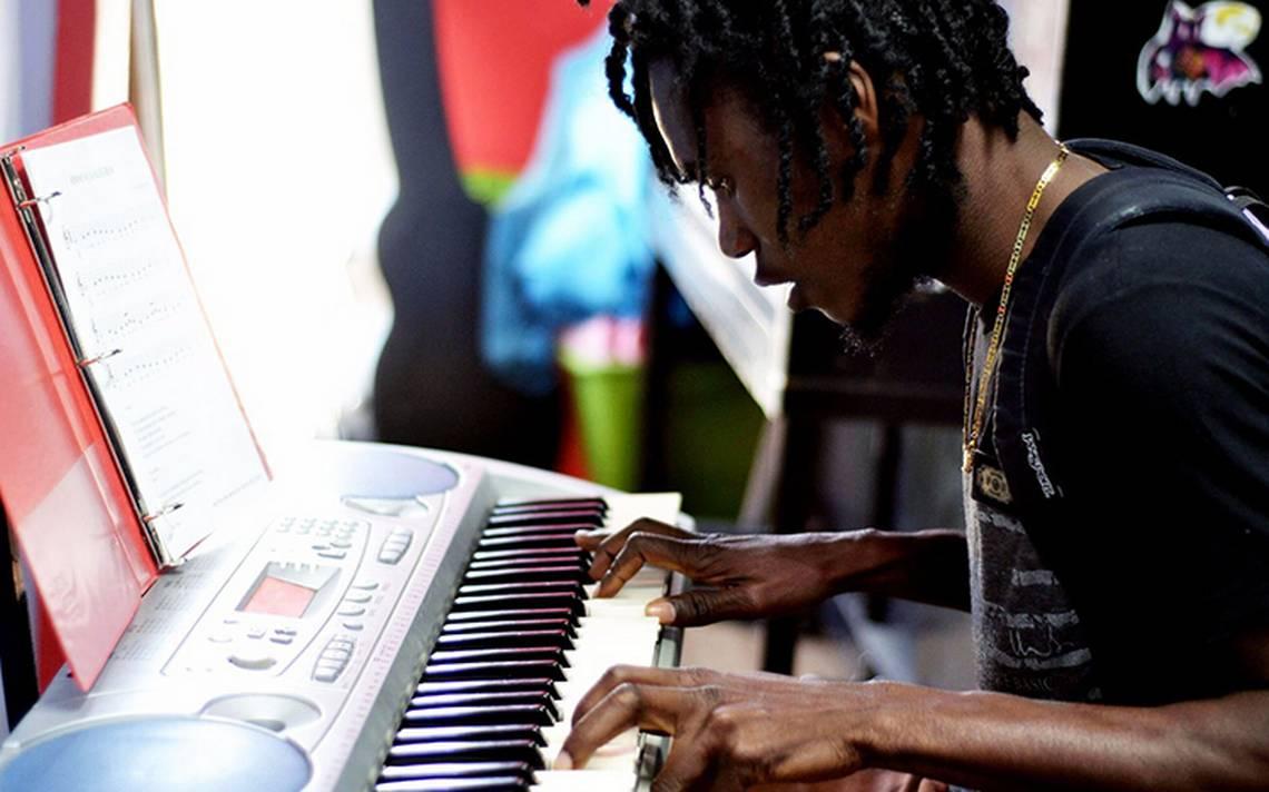 Haitianos se integran a la escena cultural tijuanense