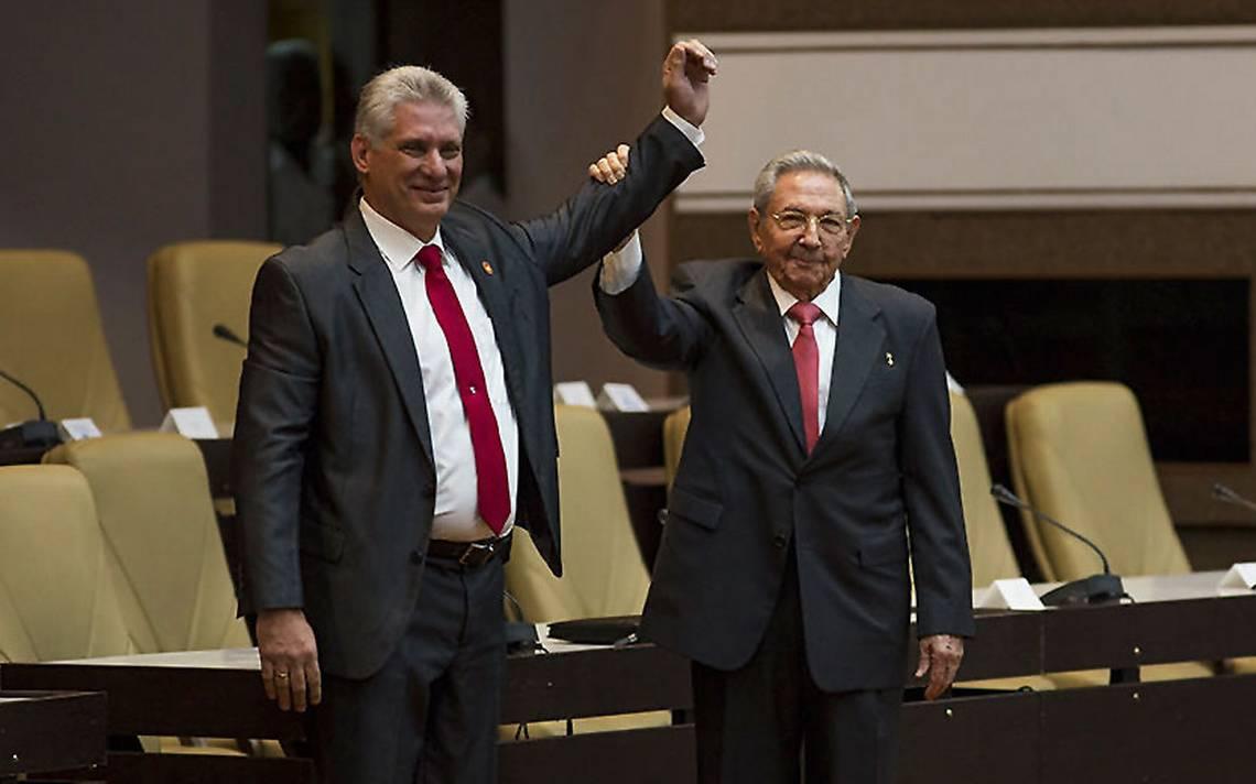 Raúl Castro confía en el éxito absoluto de Díaz-Canel, el nuevo presidente de Cuba