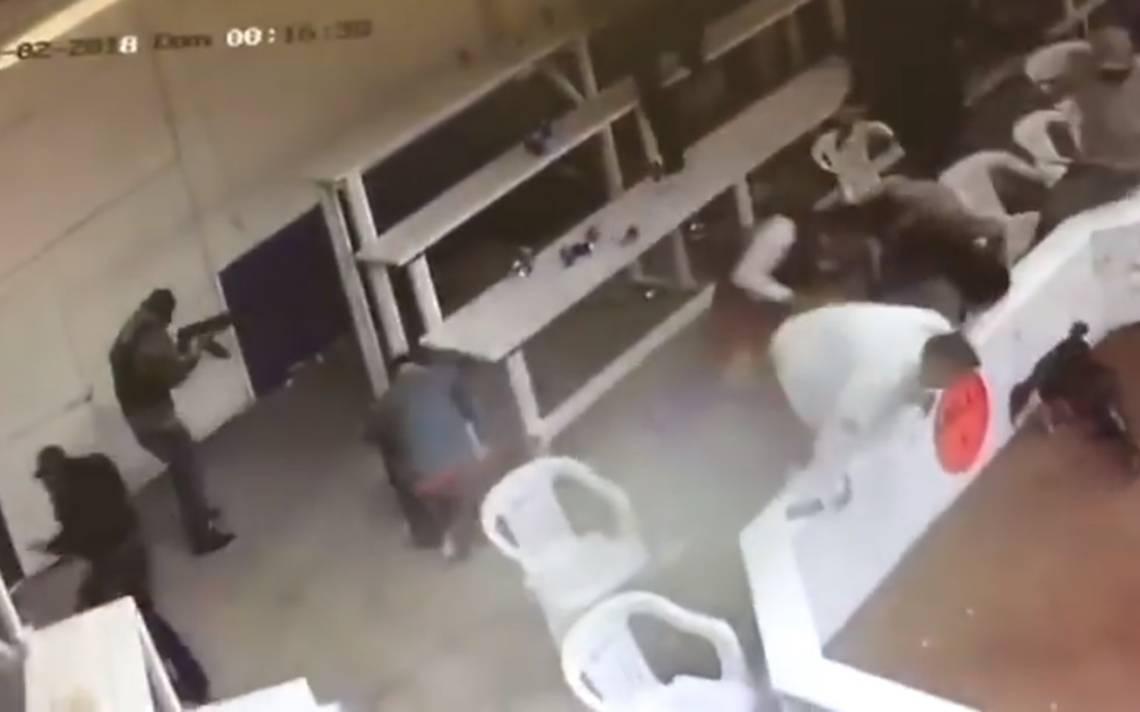 [Video] Captan momento exacto del tiroteo en palenque de Chihuahua