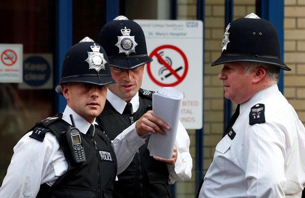 Descartan motivo terrorista en accidente frente a mezquita britA?nica