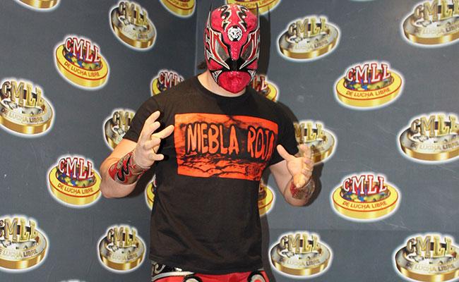 Esta noche en la Arena México, Niebla Roja, en su faceta de técnico