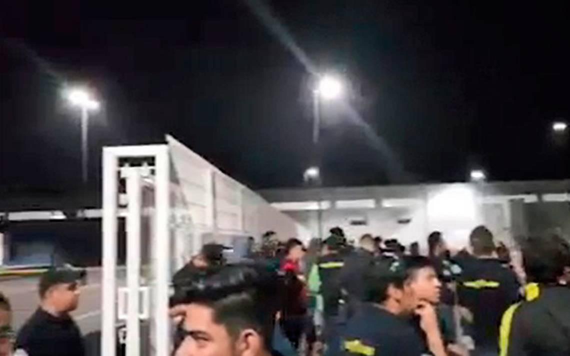Trabajadores paran planta de Goodyear por malas condiciones salariales