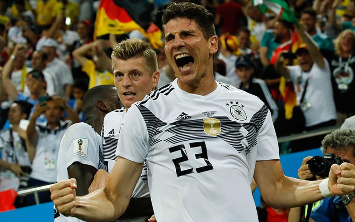 Toni Kroos mantiene con vida a Alemania con gol de último minuto