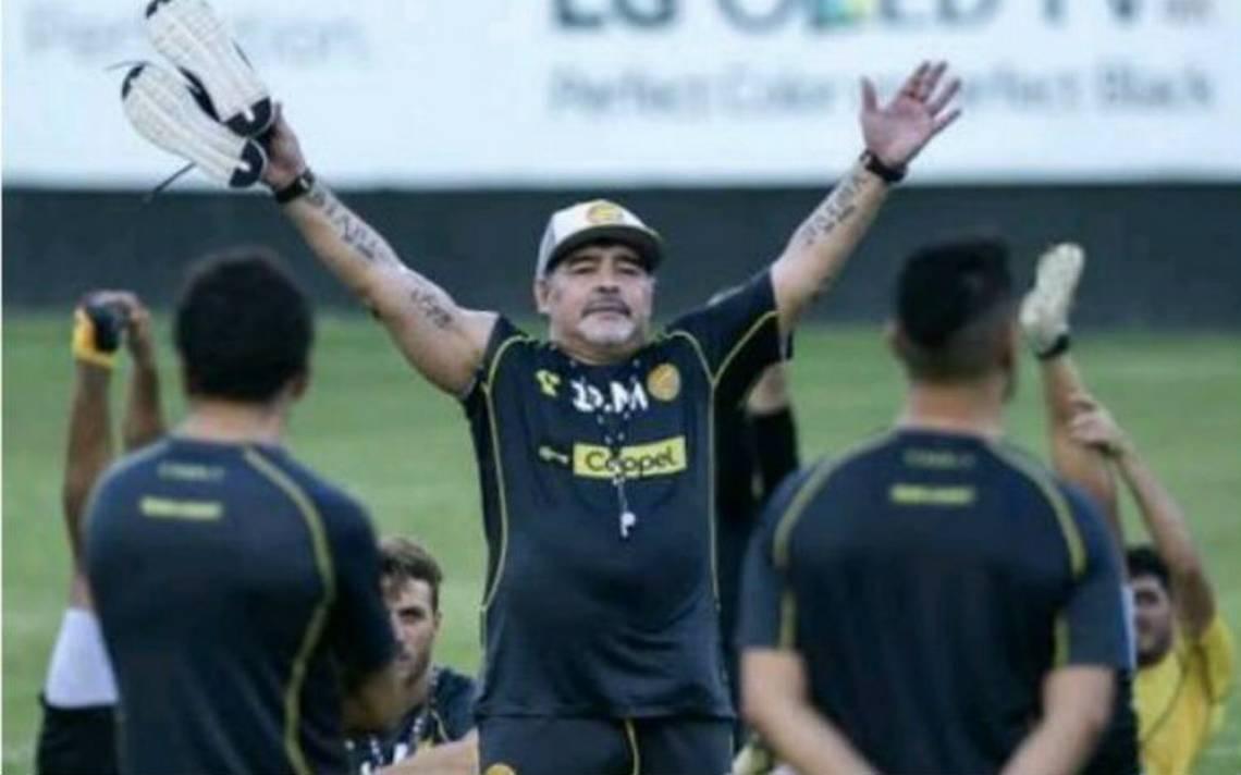 Proponen que Maradona sea huésped distinguido de Culiacán