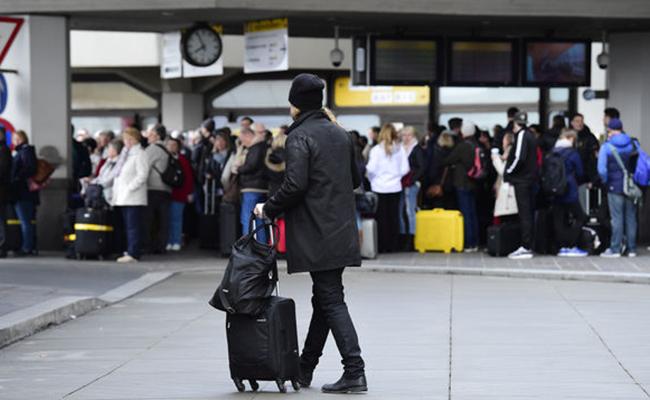 Huelga en aeropuertos de Berlín se extiende hasta el miércoles