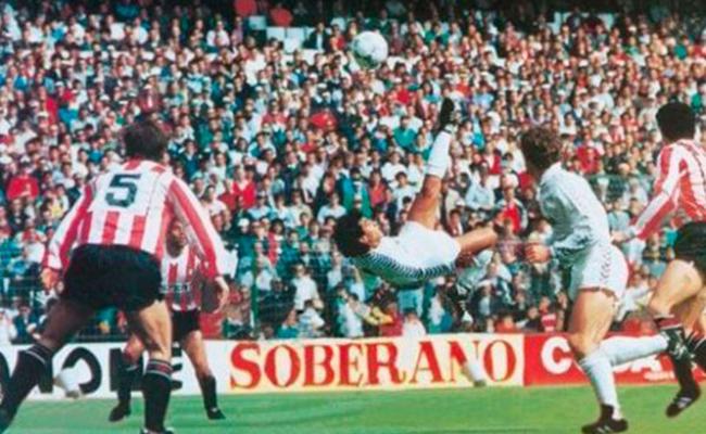 """#Video A 29 años de que """"Hugol"""" voló en el Bernabéu"""