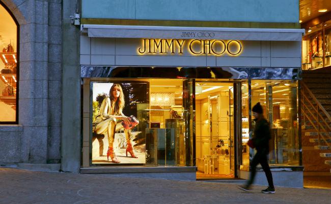 Michael Kors compra la firma de zapatos Jimmy Choo por 1.2 millones de dólares