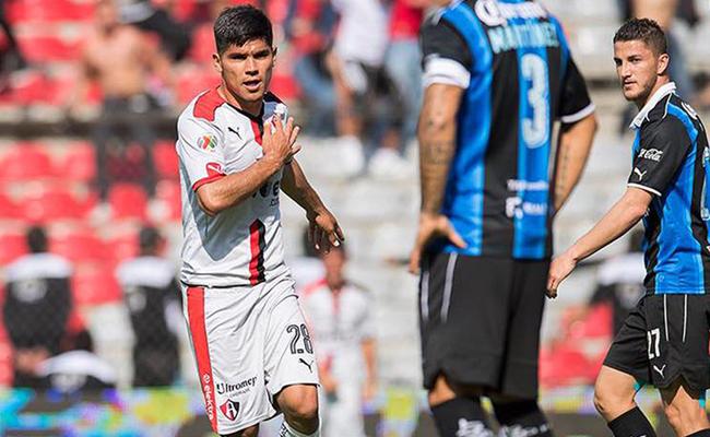 Atlas le gana al Querétaro 1-4