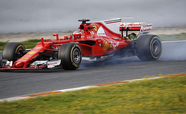 Dominaron Hamilton y Raikkonen en la pruebas en Barcelona