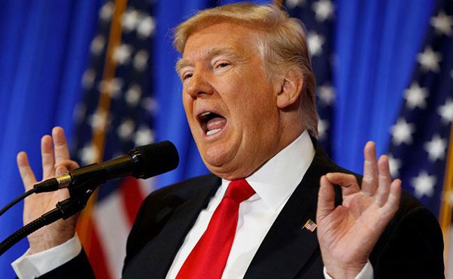 Pese a escándalo político, Trump impulsa su agenda sobre infraestructura
