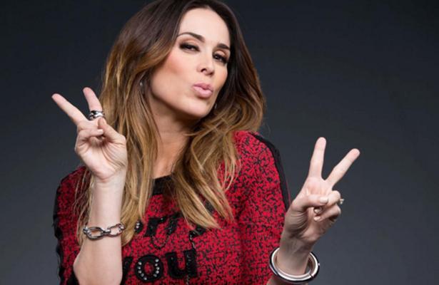 Jacky Bracamontes deja Televisa tras 17 años