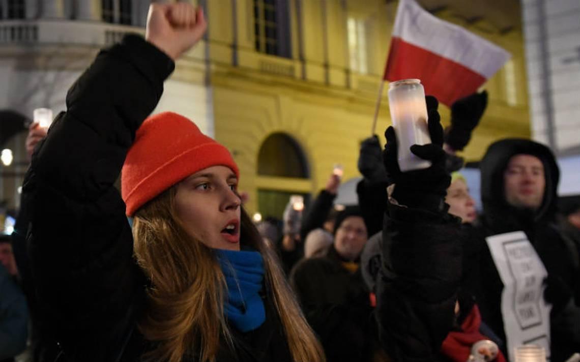 La UE define hoy si activa el proceso de sanciones aPolonia