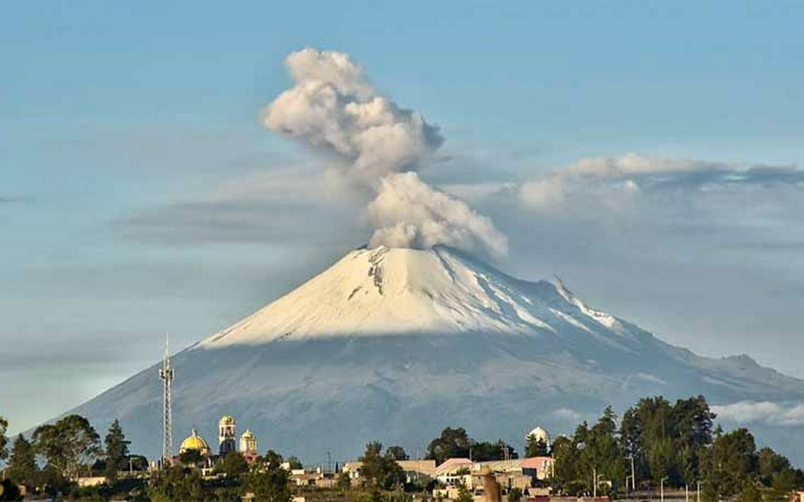 Se registra intensa actividad del PopocatA�petl; continA?a la alerta amarilla