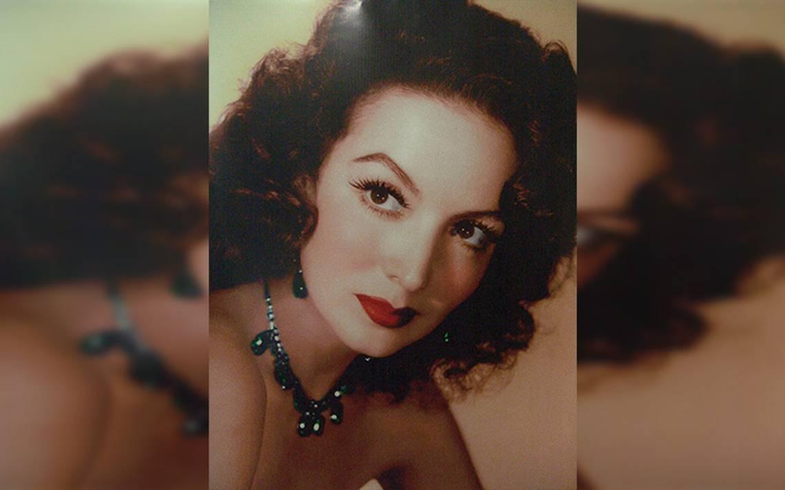 Sandra Echeverría ideal para ser María Félix