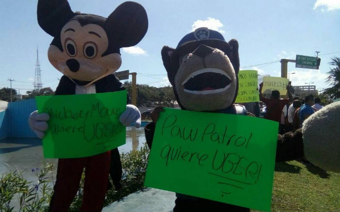 Protestan en Cancún a favor de Uber