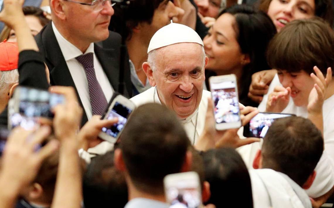 Piden que la Iglesia catA?lica sea regida por leyes civiles