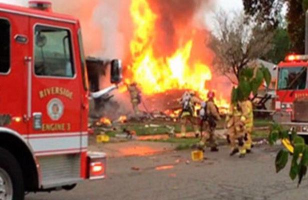 Desplome de avioneta deja un muerto y cinco heridos en California