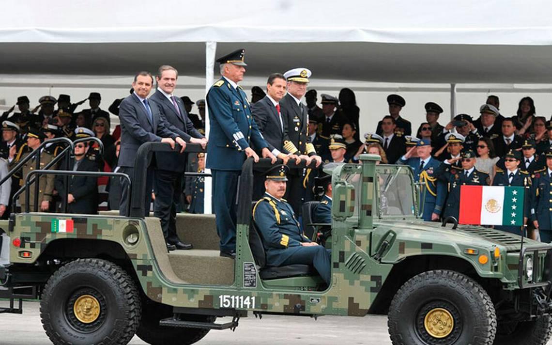 Reconoce Peña Nieto apoyo de las Fuerzas Armadas tras temblor