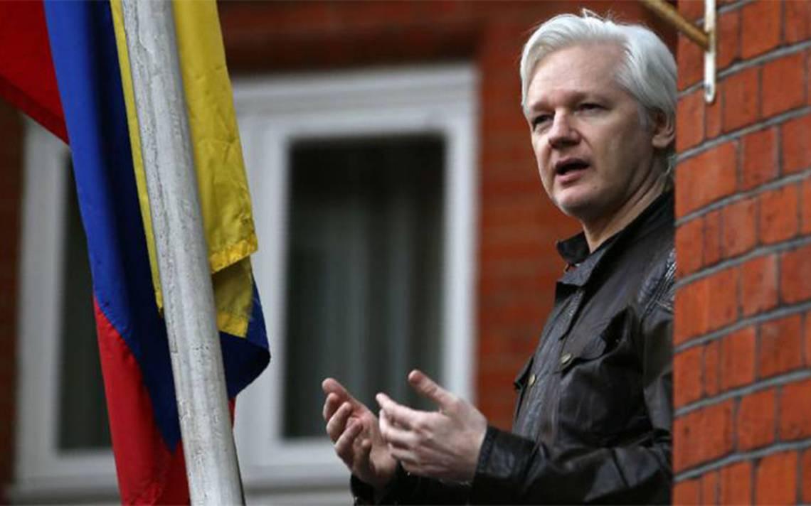 Julian Assange deja la dirección de WikiLeaks por estar incomunicado
