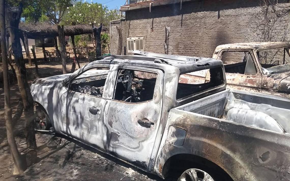Grupo armado toma poblado en Badiraguato, incendia casa y vehículos