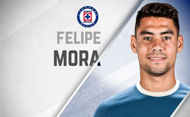 ¡Confirmado! Cruz Azul oficializa contratación de Felipe Mora
