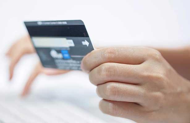 Crecieron 115% las compras con tarjeta vía Internet, en 2016