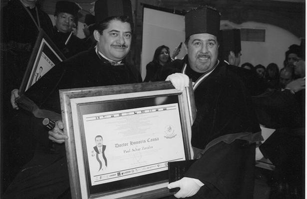 Otorgan el Doctorado Honoris Causa a Paul Achar