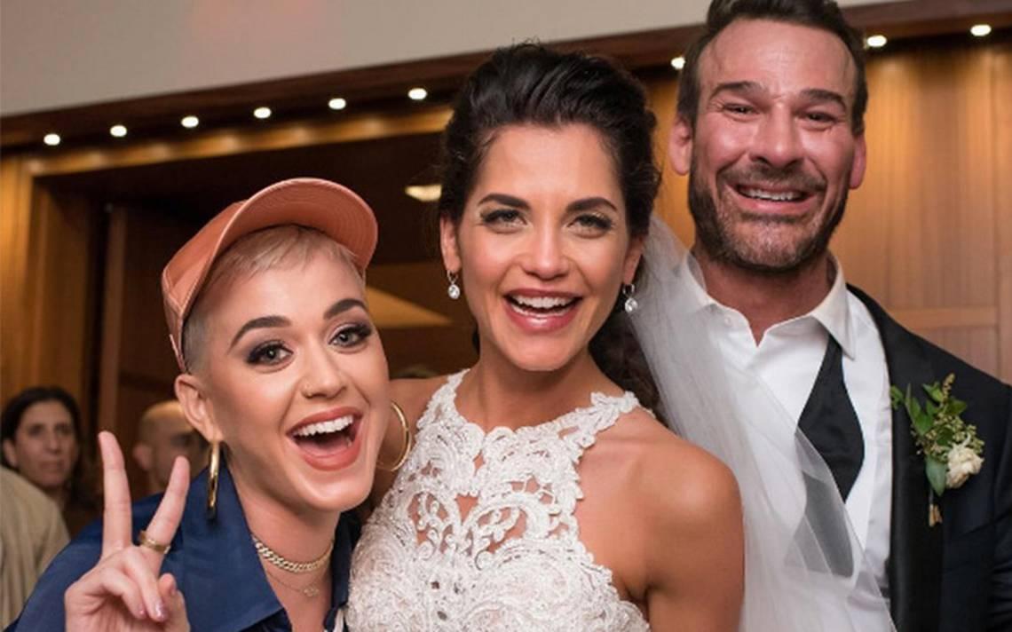 ¿Katy Perry en tu boda? ¡Sí, la cantante sorprendió a unos novios en su fiesta!