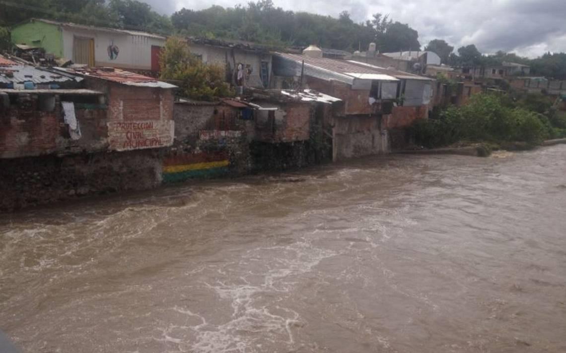 Puebla azotada por lluvias a causa de la onda tropical número 30