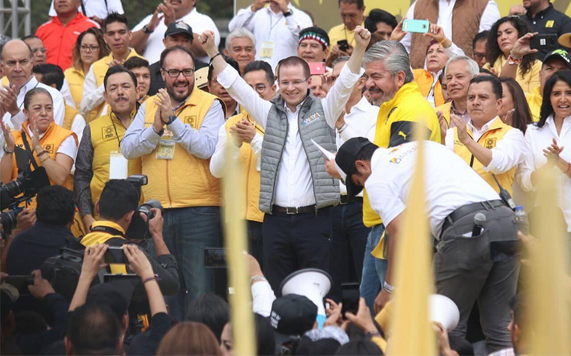 El panista Ricardo Anaya preside celebración del 29 aniversario del PRD