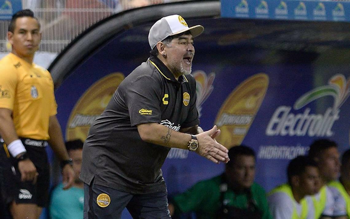 Maradona debuta con el pie derecho: Dorados golea 4-1 a Tapachula