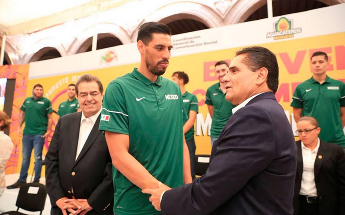 Gustavo Ayón mencionó que obtener una medalla no es una obligación