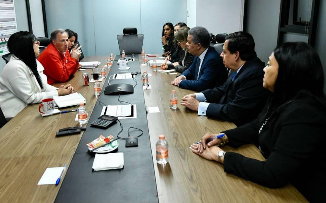 Meade se reune con observador electoral de la OEA