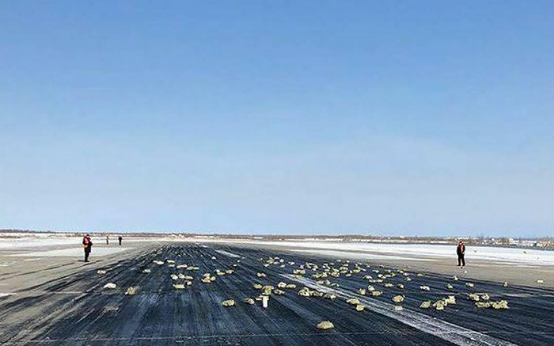 Lluvia de oro en Siberia, avión pierde carga de lingotes valuada en 368 mdd