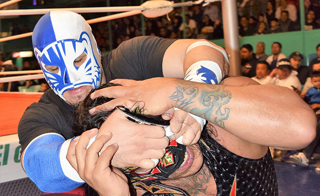 Blue Panther Jr vs Ripper en Puebla