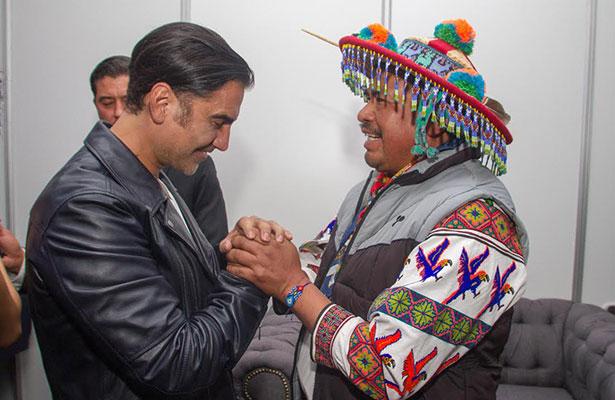 Alejandro Fernández, voz de los artesanos de Jalisco