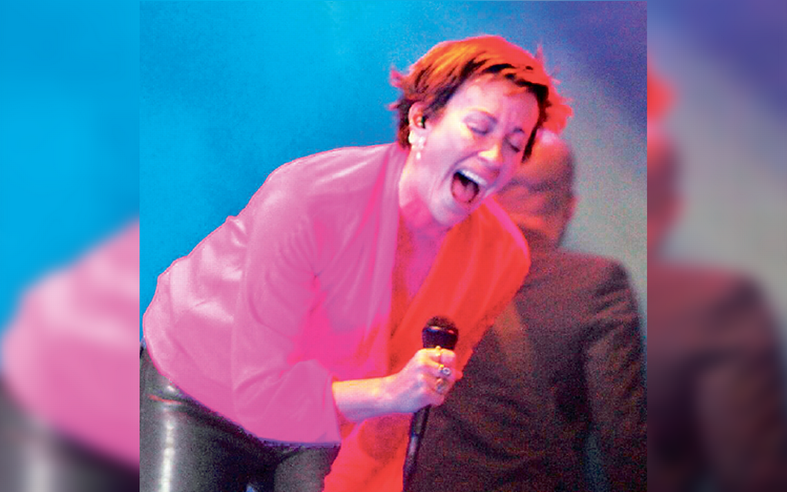 Morissette consiente con música ininterrumpida a tapatíos en Festival Corona Capital