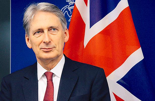 Elevan previsiones de crecimiento británico, pese al Brexit