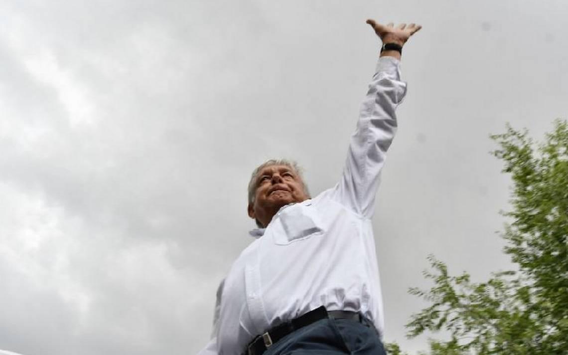 """AMLO defiende a Rigoberto Salgado, exdelegado de Tláhuac; """"le fabrican delitos y calumnias"""""""