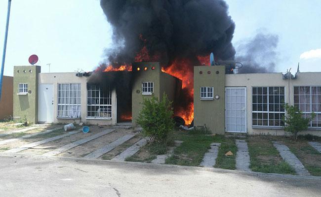 Se incendia vivienda en Tlajomulco