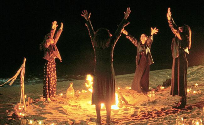 ¿Cacería de presidentes? Brujas conjuran hechizo contra Trump