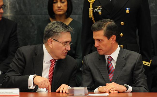 Agravio a periodistas es una afrenta a la sociedad, reitera Peña Nieto