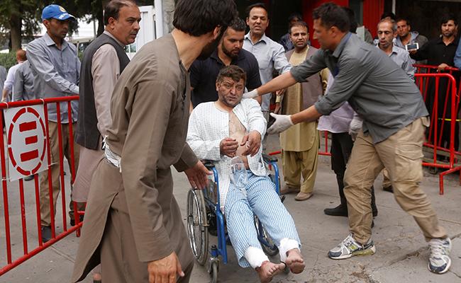 Al menos 12 muertos tras explosiones cerca de funeral en Kabul