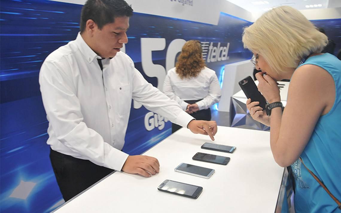 Telcel capta ingresos totales de servicios de telefonA�a celular en el primer trimestre