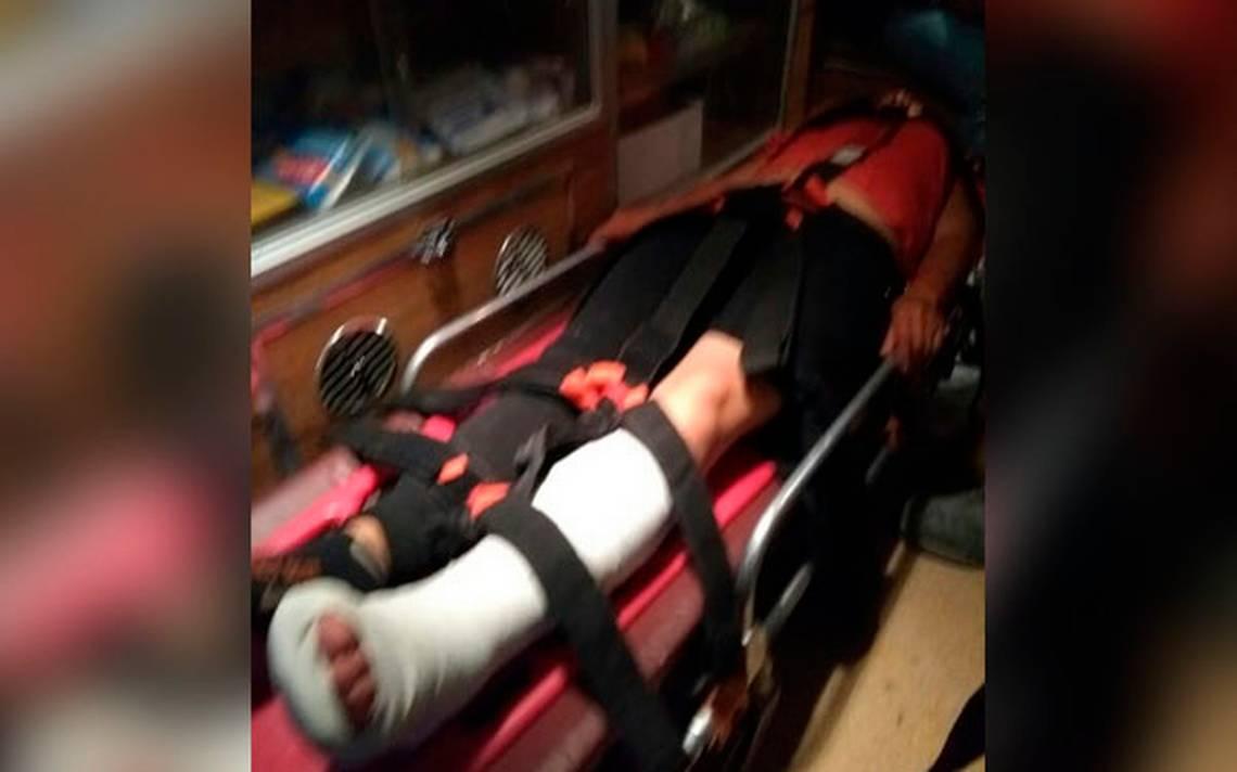 Atropella camioneta de AMLO a joven en mitin de Tecamachalco