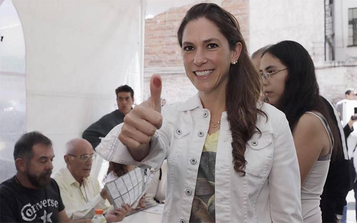 Mariana Boy emite su voto y prevé comicios pacíficos