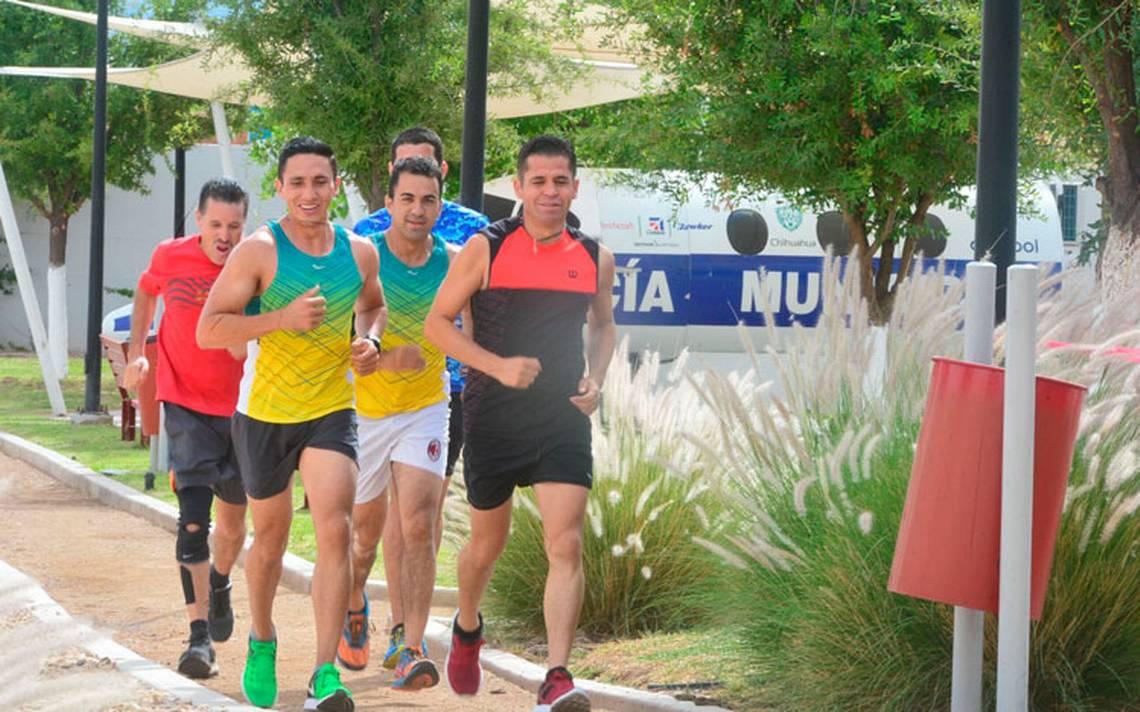 Policías y bomberos de Chihuahua se preparan para correr el Gran Maratón de la CDMX