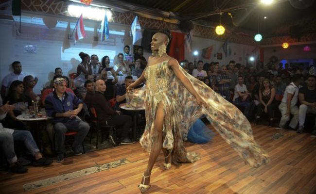 Somalia gana el primer Miss Universo Gay en Colombia